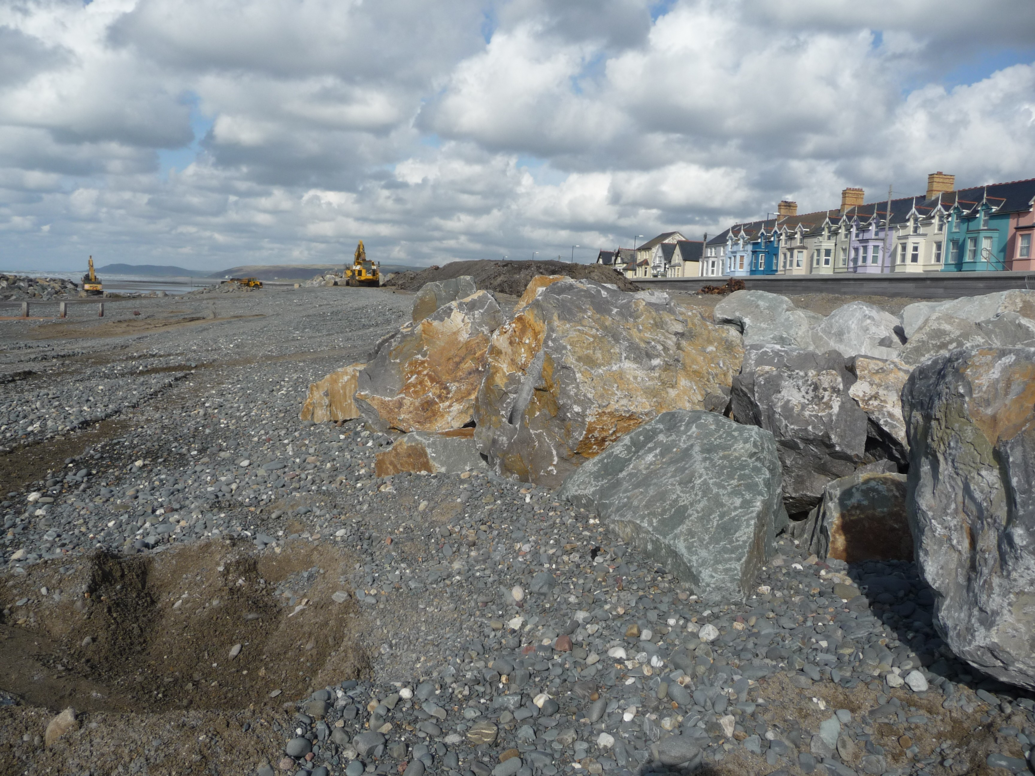 borth coastal defences A £12m pound coastal defence project at borth in ceredigion has been given the go-ahead the work will reduce the risk of flooding and coastal erosion at the seaside resort near aberystwyth for the next century it will include an artificial reef that will also aim to attract surfers work is .